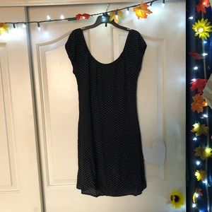 Polka Dotted Elastic Lined Dress